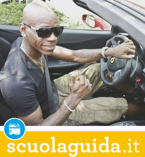 Ritirata la Patente B a Mario Balotelli all'Autovelox!