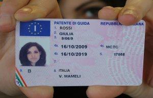 Patente di guida tutte le normative - Si possono portare passeggeri con il foglio rosa ...